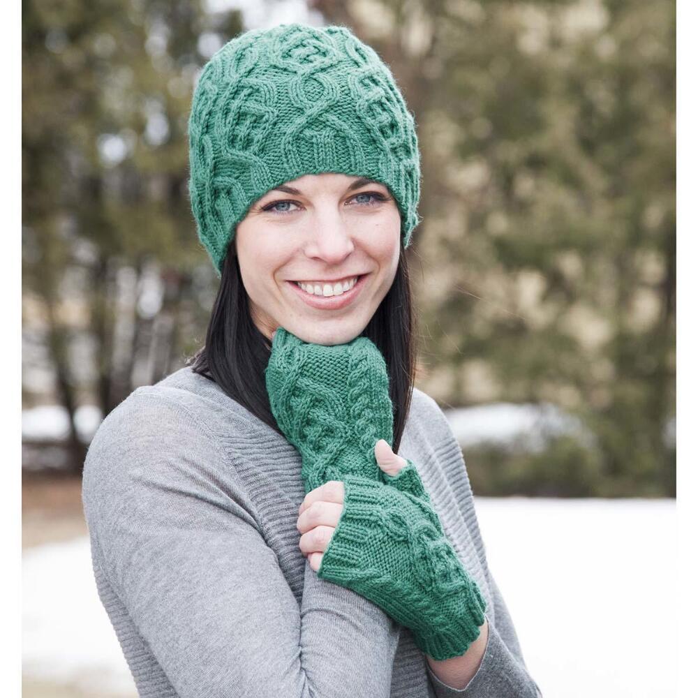 Aran Knitting Patterns Free Free Free Aran Mittens Knitting Patterns Patterns Knitting Bee 1