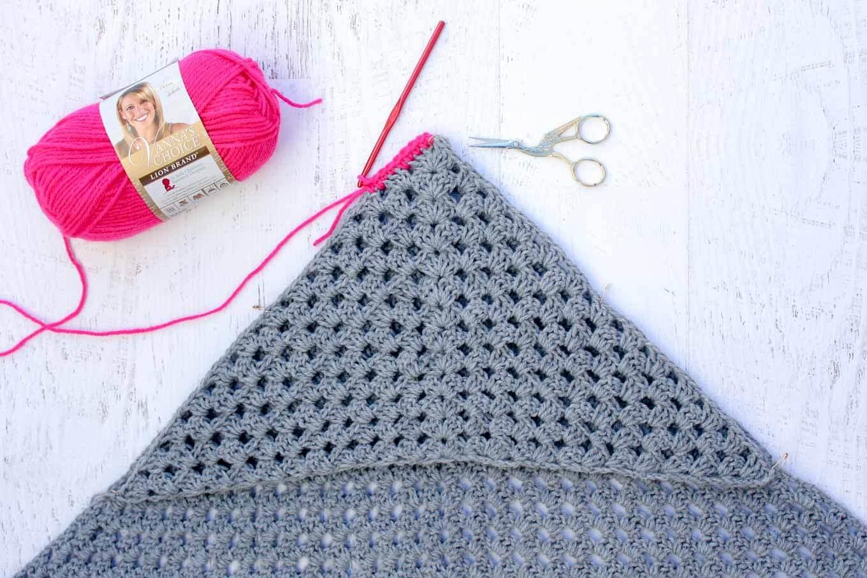 Beginner Crochet Projects Baby Blankets Modern Crochet Hooded Ba Blanket Free Pattern For Charity
