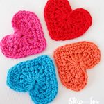 Crochet Applique Patterns Free Simple Easy Crochet Heart Garland Pattern Skip To My Lou