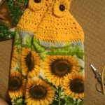 Crochet Kitchen Towel Toppers Crochet Towel Topper I Seriously Need To Learn How To Do This I