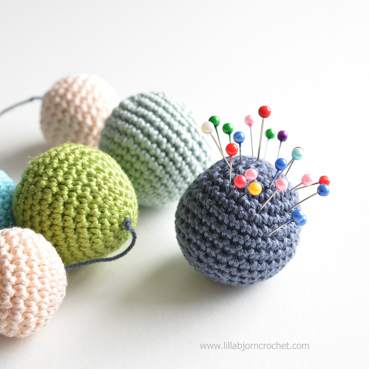 Crochet Sphere How To Make Baubles Season Is Coming Lillabjrns Crochet World