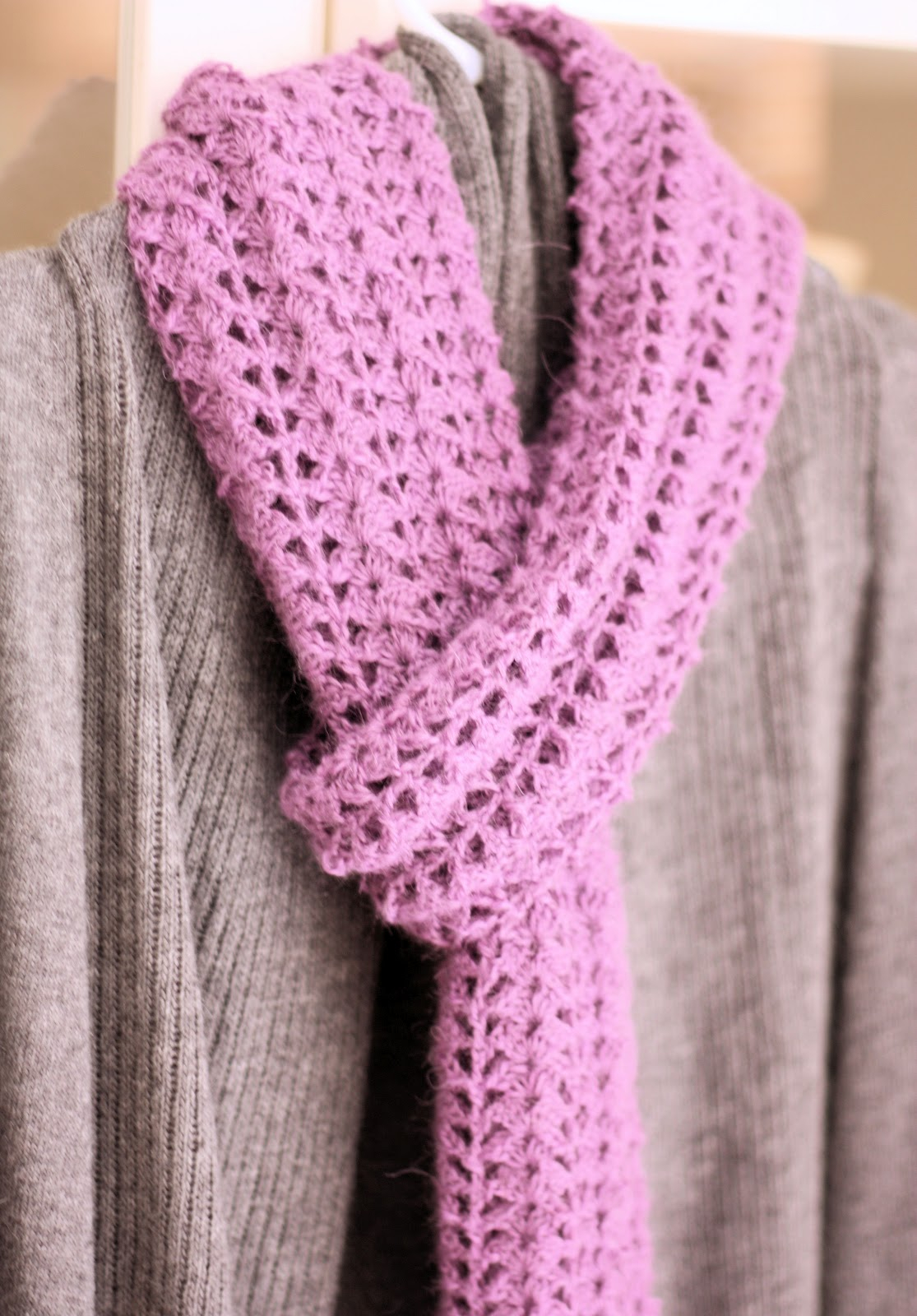 Double Knitting Tutorial Scarfs Crocheted Scarf Free Pattern A Spoonful Of Sugar