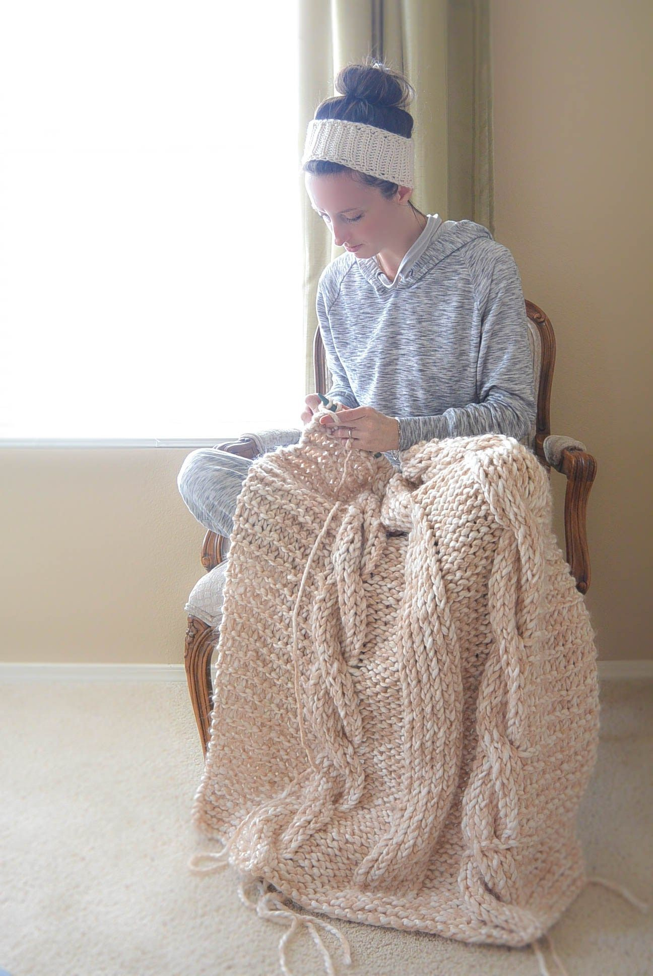 Knit Blanket Pattern Endless Cables Chunky Knit Throw Pattern Knitting Pinterest