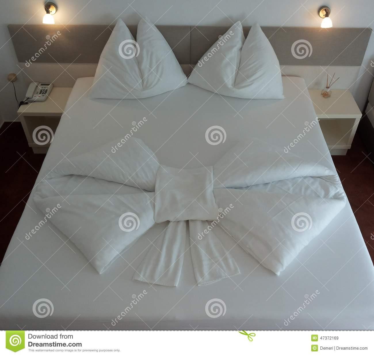 Origami Decoration Bedroom Bed Origami Stock Image Image Of Hotel Luxury Design 47372169