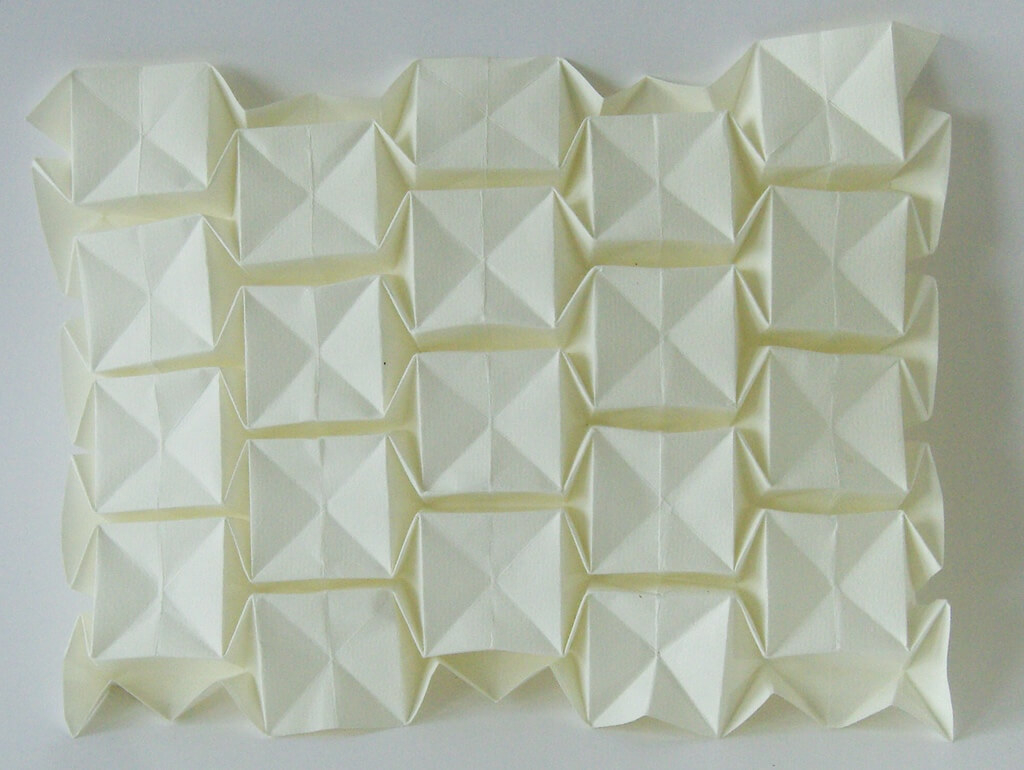 Origami Tessellations Tutorial Squares Tessellation A Definition And The Magic Ball Tessellation Learn