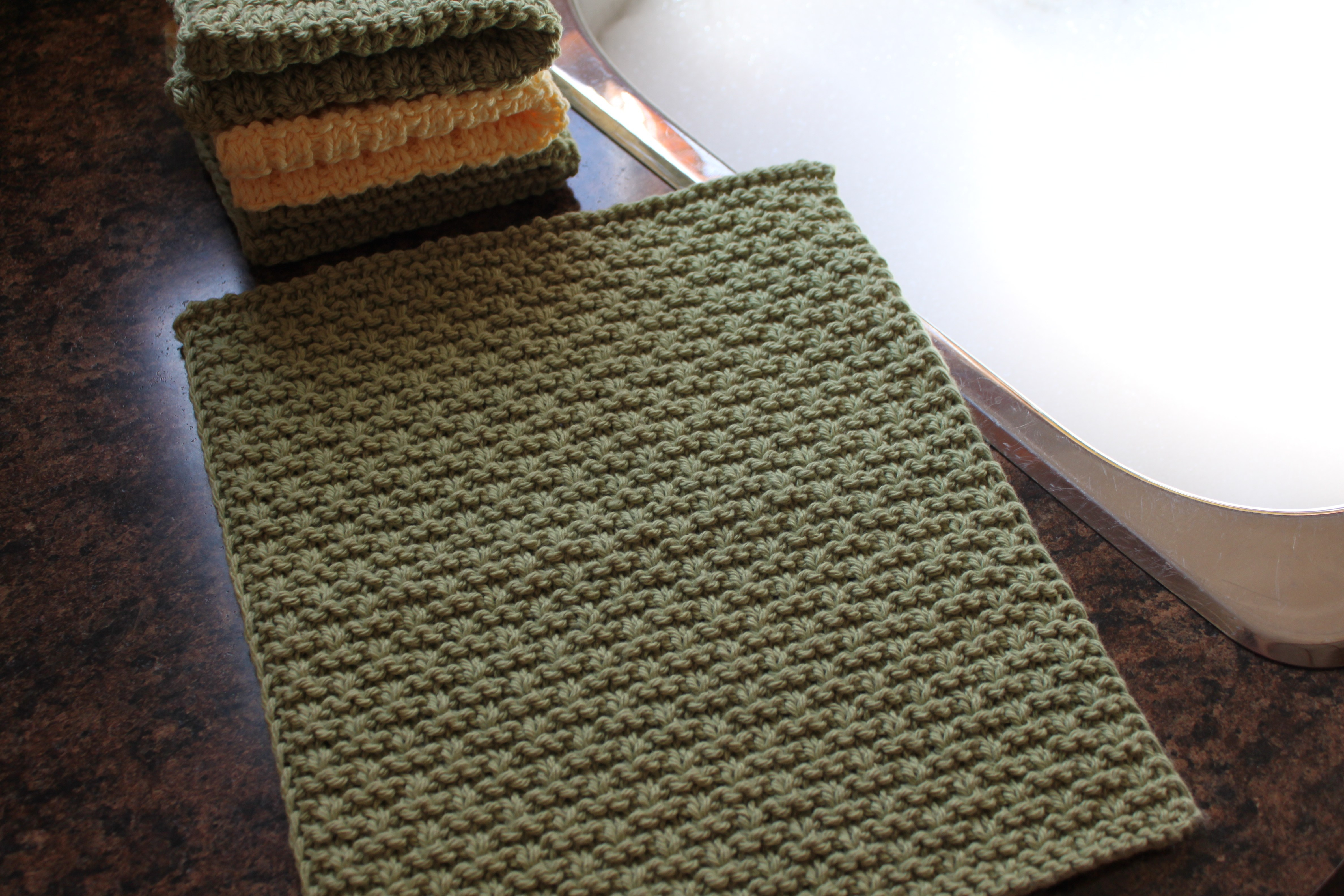 Washcloth Knitting Pattern Free Snakes Ladders Washcloth Leah Michelle Designs